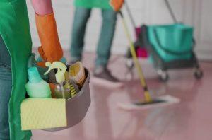 Почистване на дома от специализирана фирма